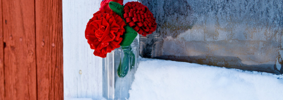 Infusing the holiday season into your winter nuptials…